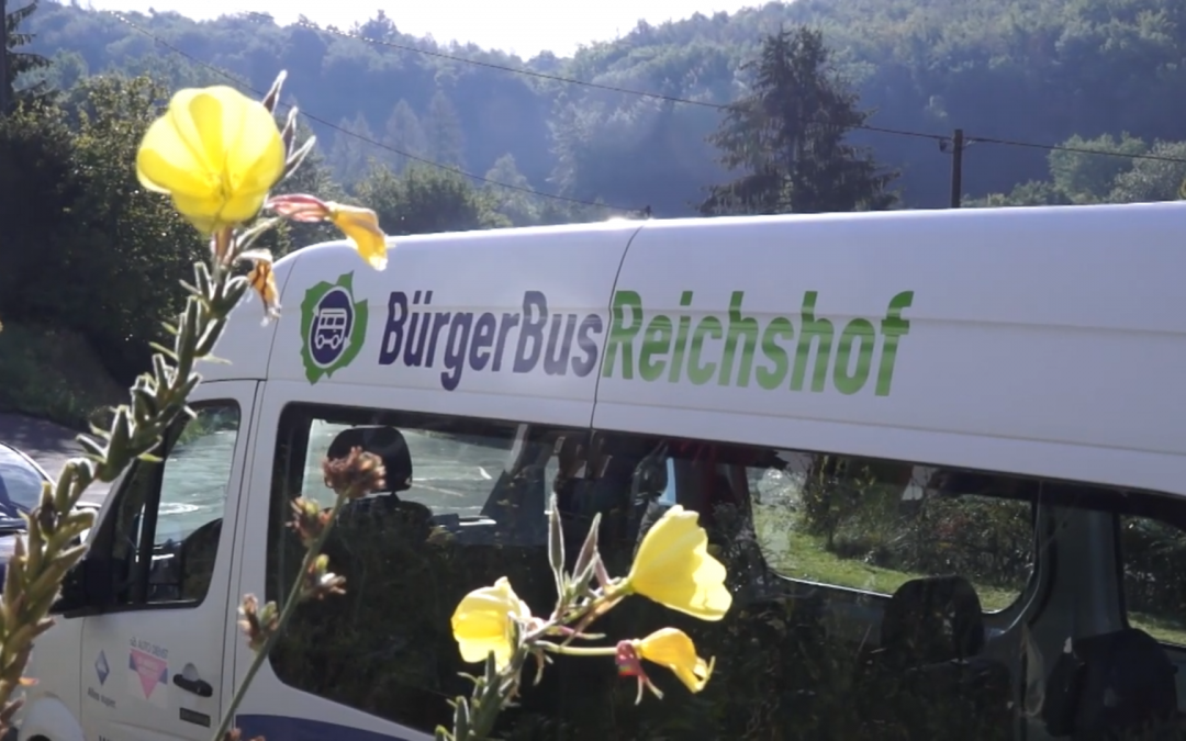 Bürgerbusfrühstück am Kräuterhaus in Oberholzen